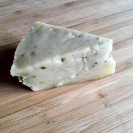 BIO zrající sýr Hastrman 100g smedvědím česnekem