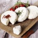 Čerstvý sýr suš. rajčata, bylinky 150g