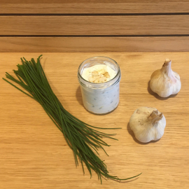 Naše pomazánka s pečeným česnekem 100g (sklenička)