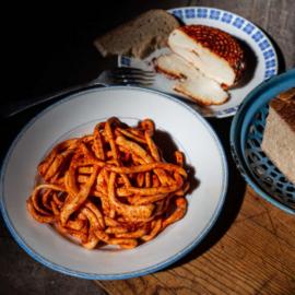 Sýrové nitě pařené chilli paprika 125g