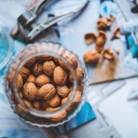 Sušené plody, ořechy, koření