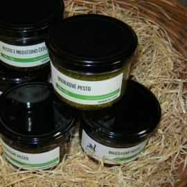 Pesta a bylinkové pasty